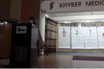 Dr Habiba Rashid, AP Anatomy IBMS, KMU introducing the presenters for World Anatomy Day1603179013.jpg